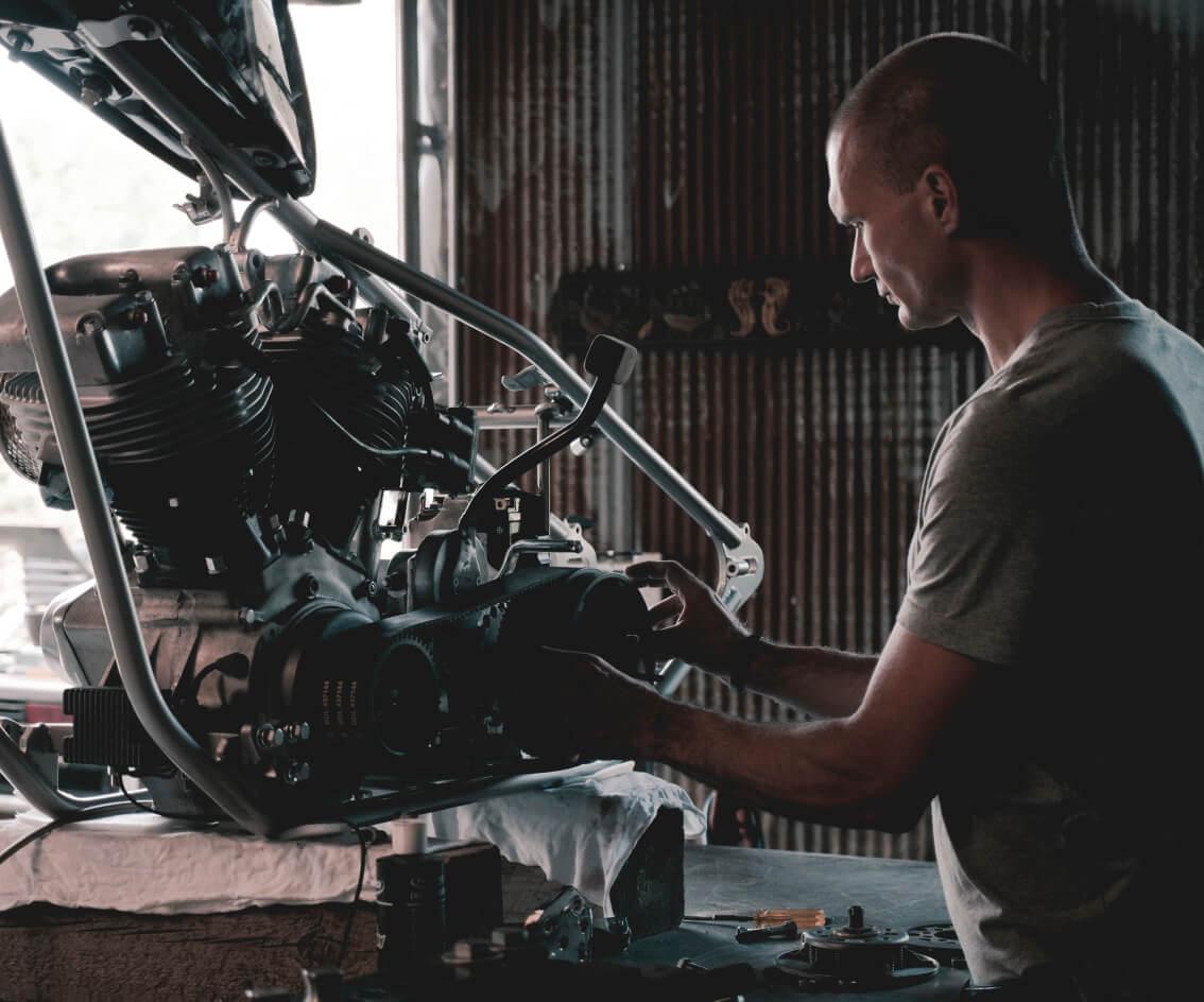Car mechanic auto repair